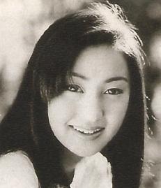 矢田亜希子デビュー当時2.jpg